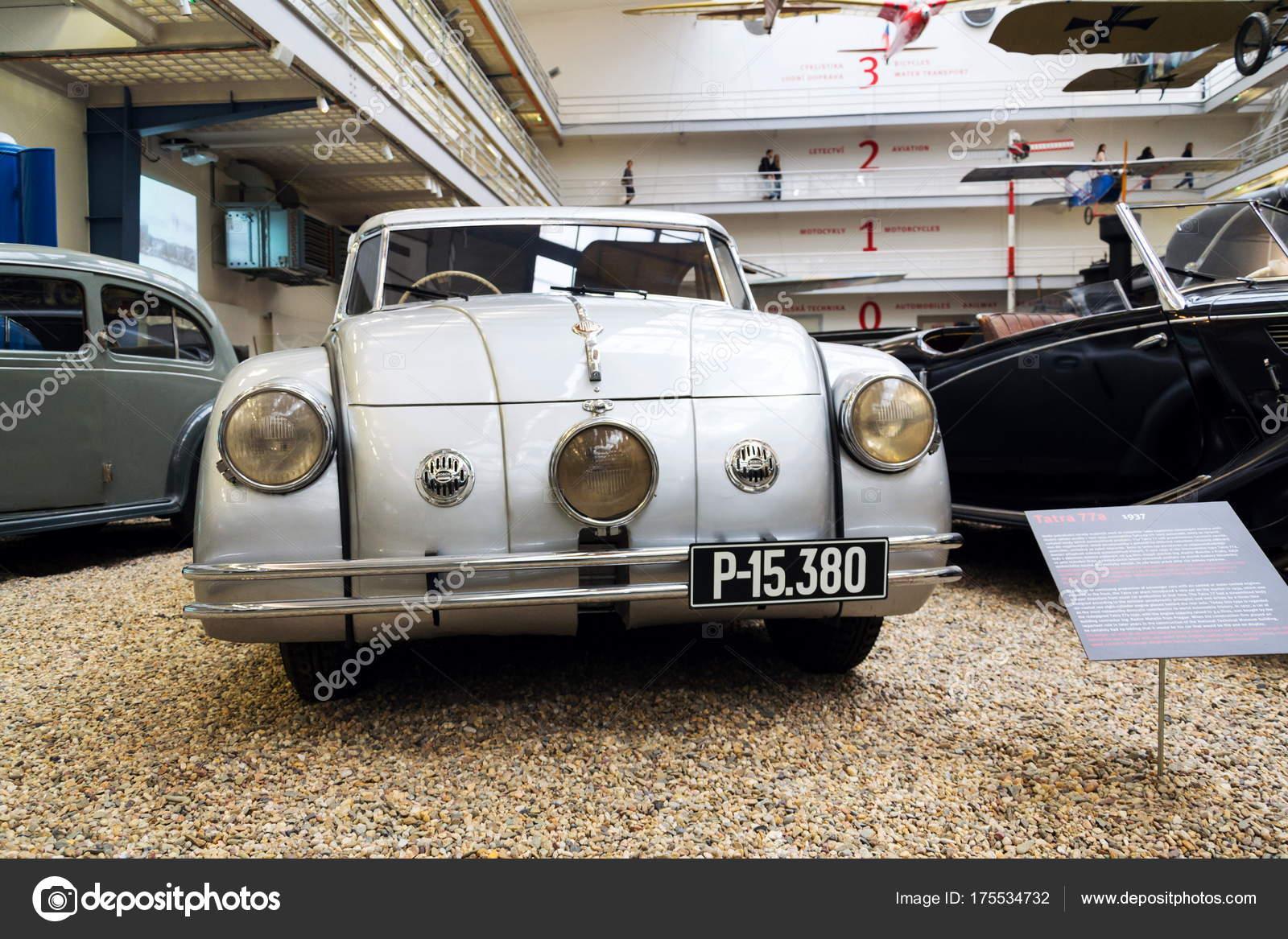 Prag Tschechische Republik November Auto Tatra Aus Dem Jahr 1937 ...