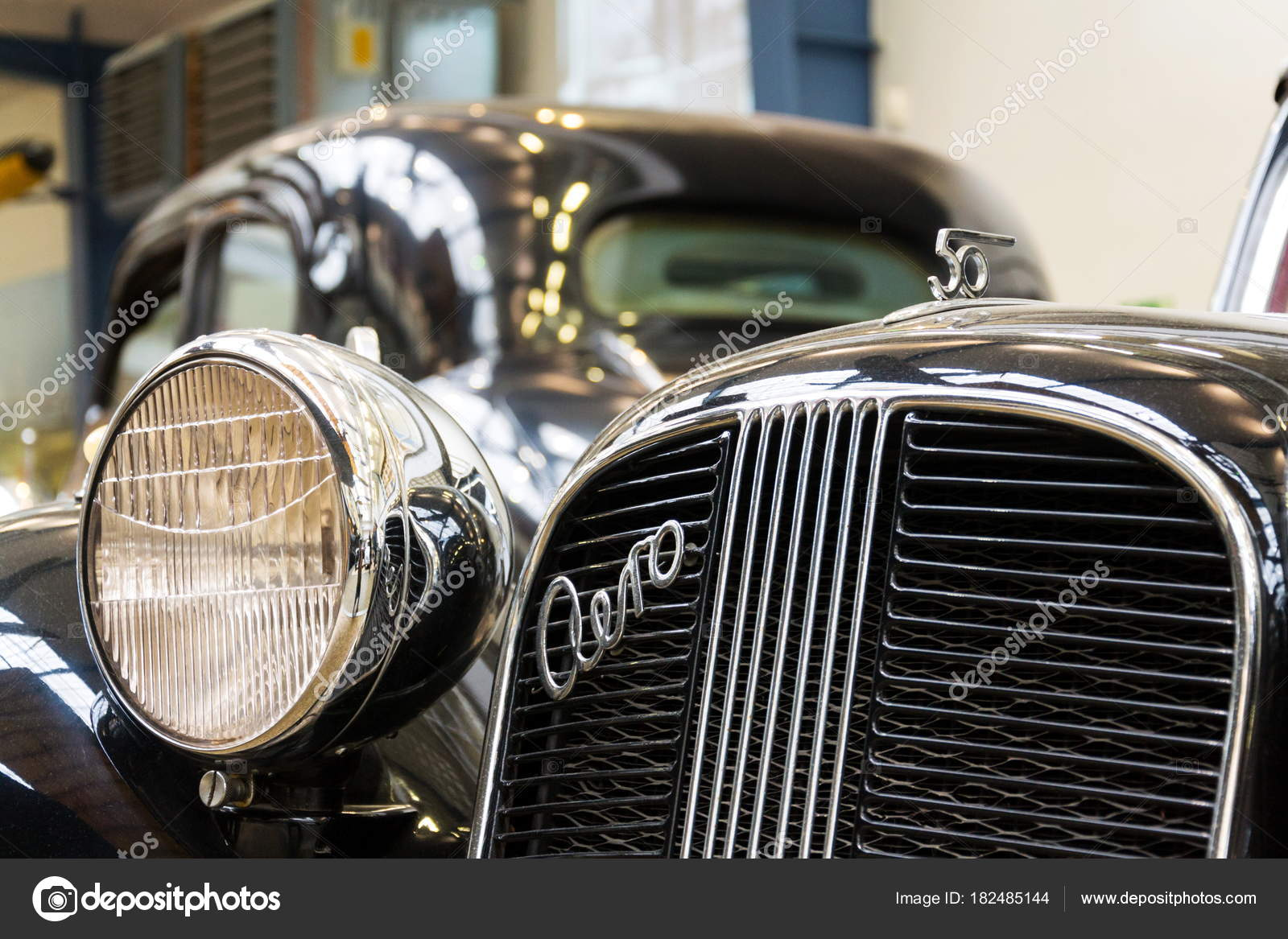 Prag Tschechien November Auto Aero Aus Dem Jahr 1939 Steht ...