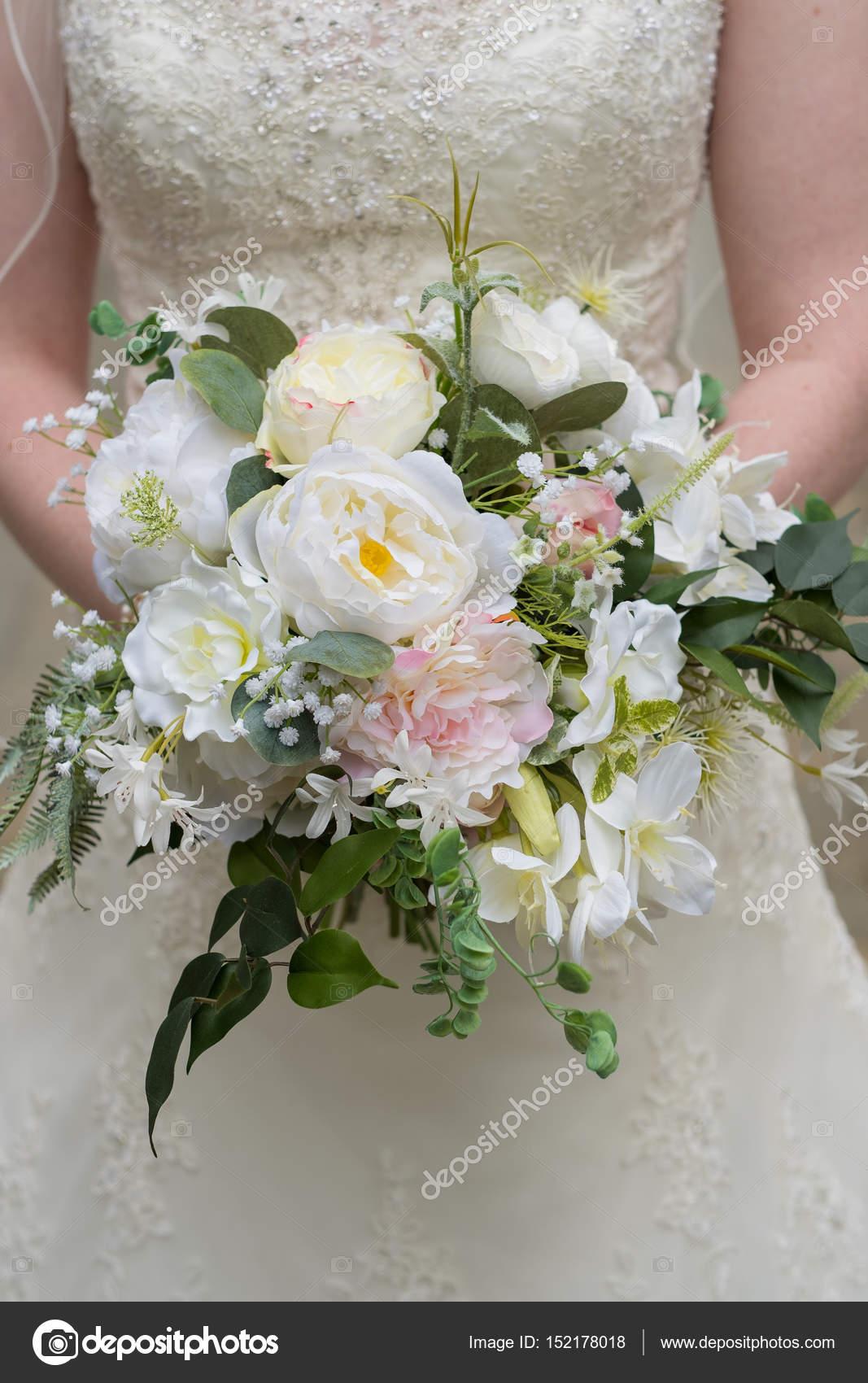 Fake Flower Wedding Bouquet Stock Photo Joshuarainey 152178018