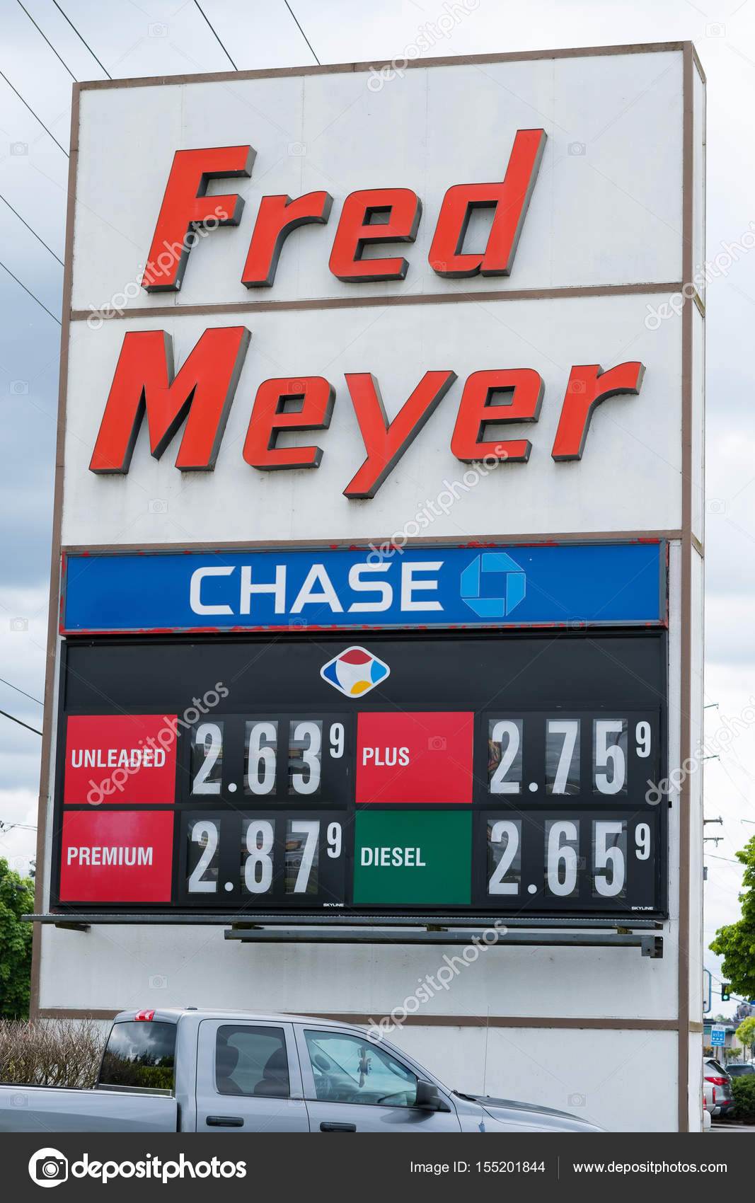 Gas Prices Oregon >> Gas Prices Sign In Oregon At Fred Meyer Stock Editorial
