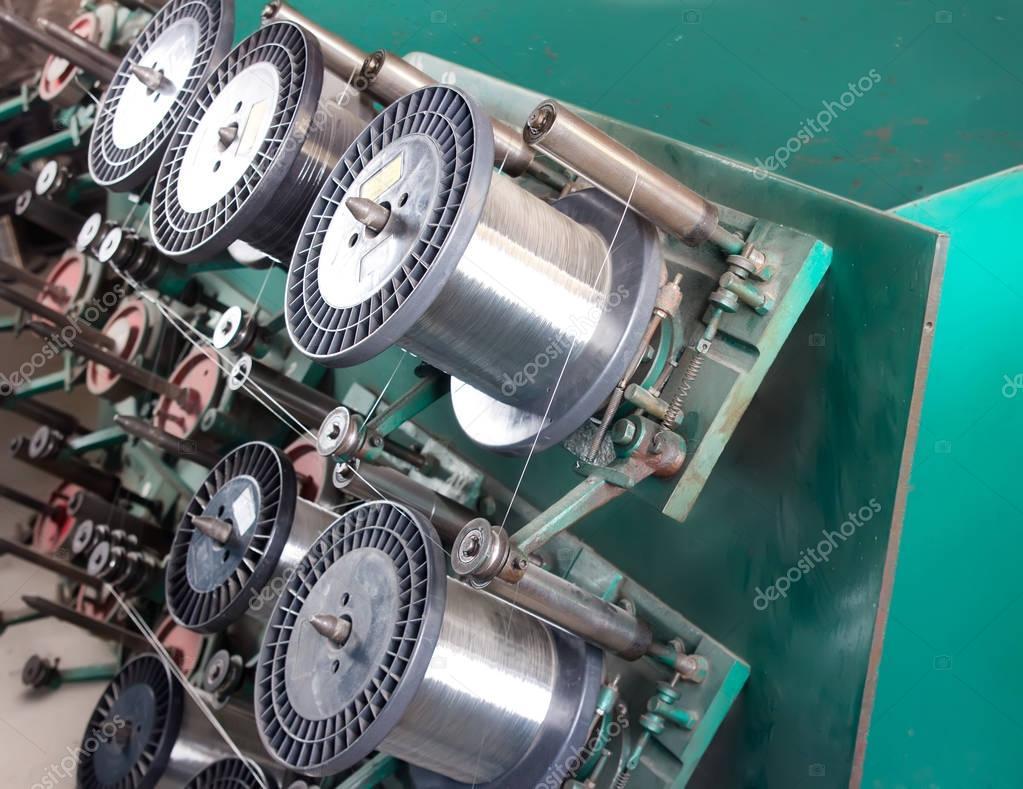 Stahldraht Spule Maschine — Stockfoto © NYS #130172578