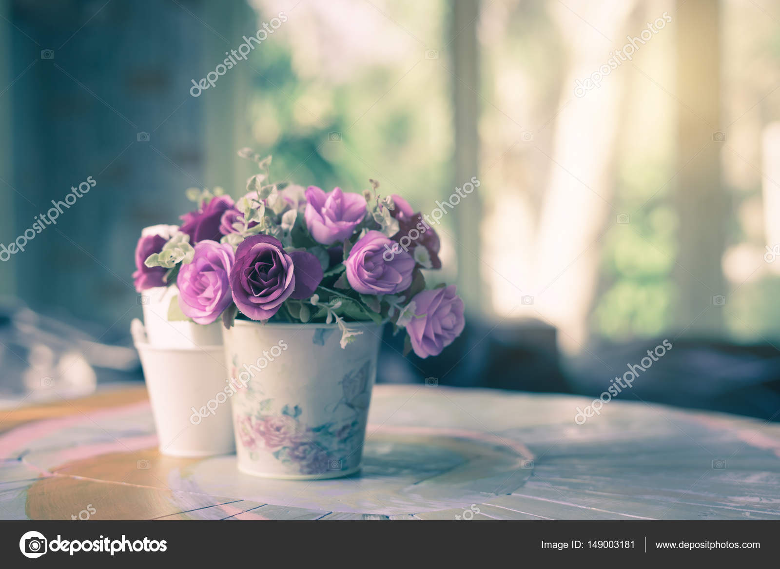 Beautiful flower vase on table decoration in coffee shop stock beautiful flower vase on table decoration in coffee shop stock photo izmirmasajfo