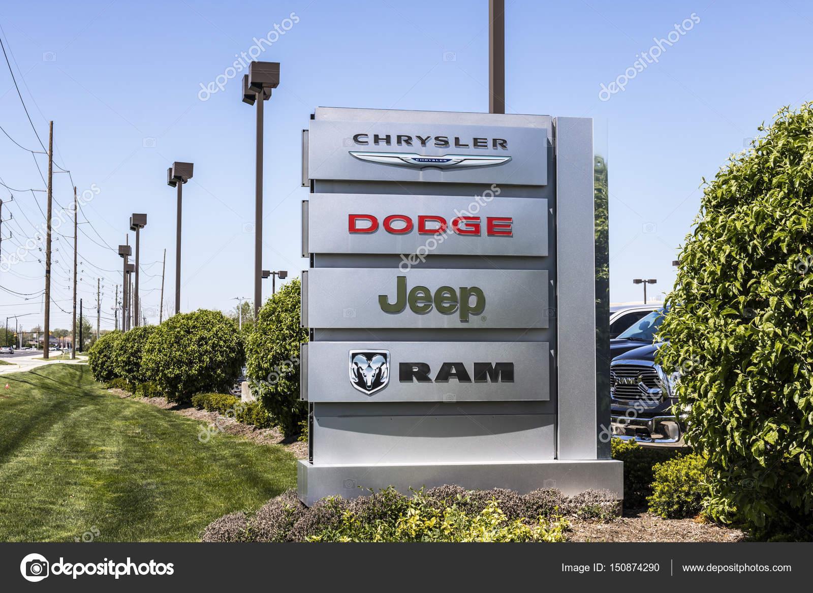 Indianapolis Circa April Logo And Dealership Signage Of - Chrysler dealer indianapolis