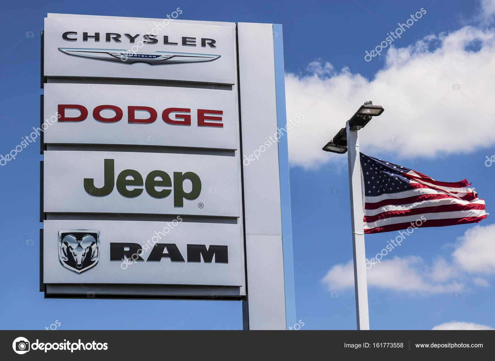 Indianapolis Circa July Logo And Dealership Signage Of The - Chrysler dealer indianapolis