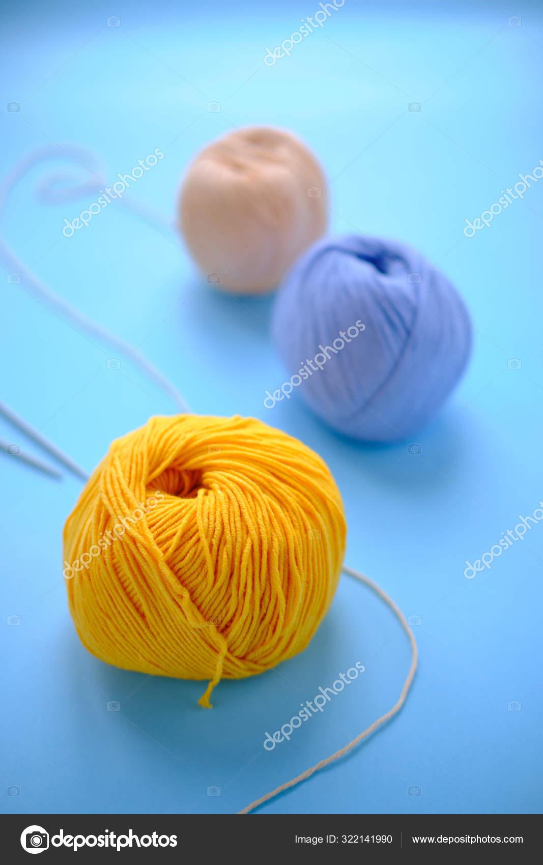How to change yarn color in amigurumi   Crochet tutorial   lilleliis   1700x1067