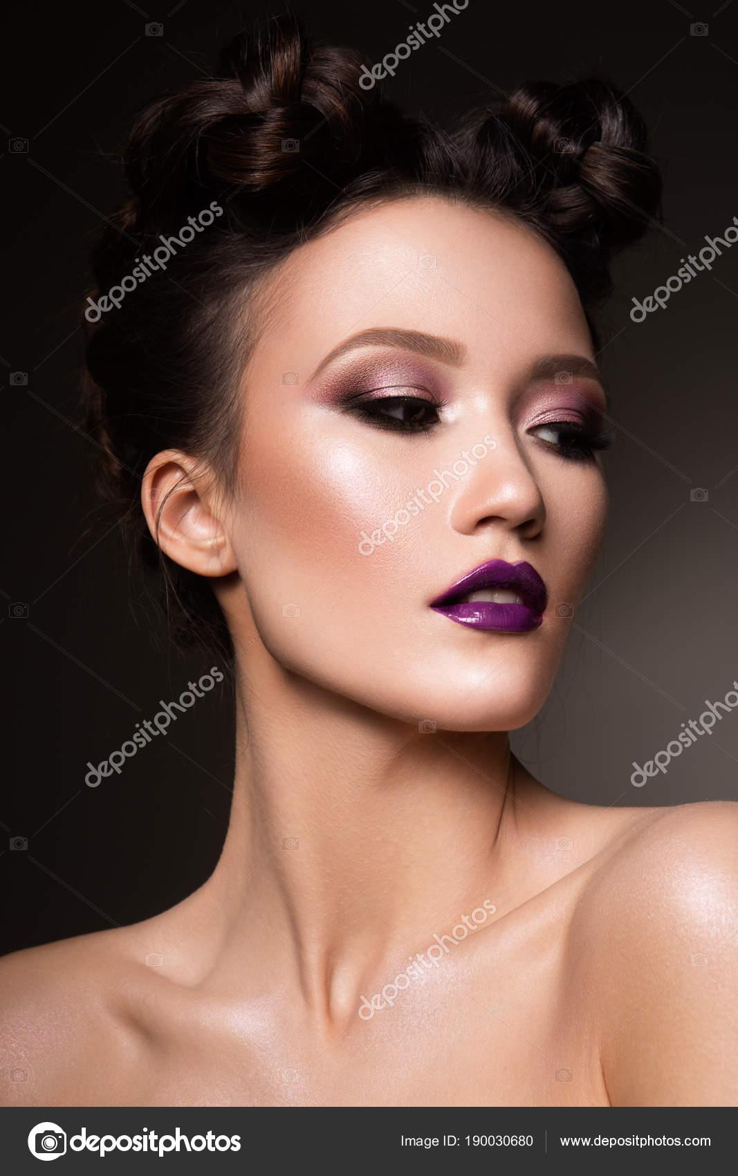 Mujer pelo largo — Foto de stock © OlgaOsa #170283724