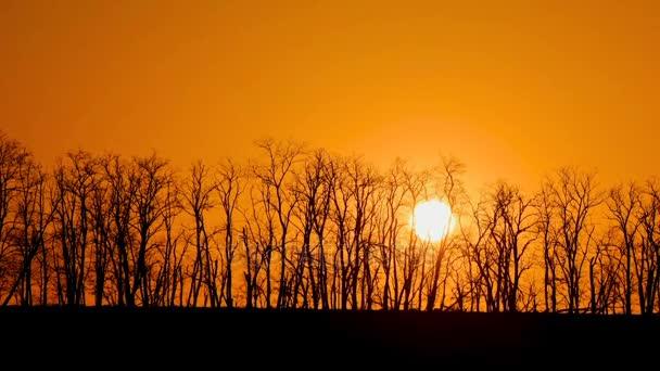Časová prodleva rychlé letní západ slunce