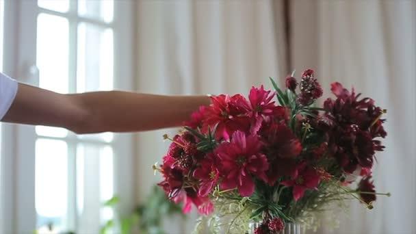 krásné květiny ve váze