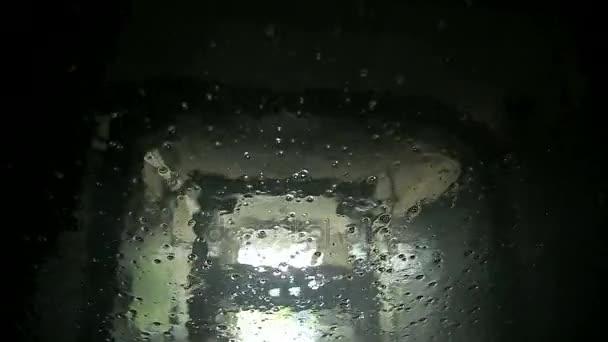 Automatická myčka aut pohled z uvnitř vozu
