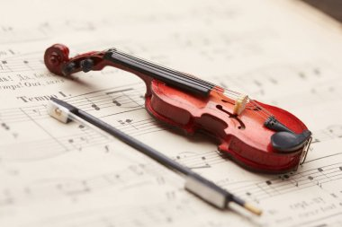 violin on notes background