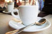 Fotografie Šálek kávy v kavárně