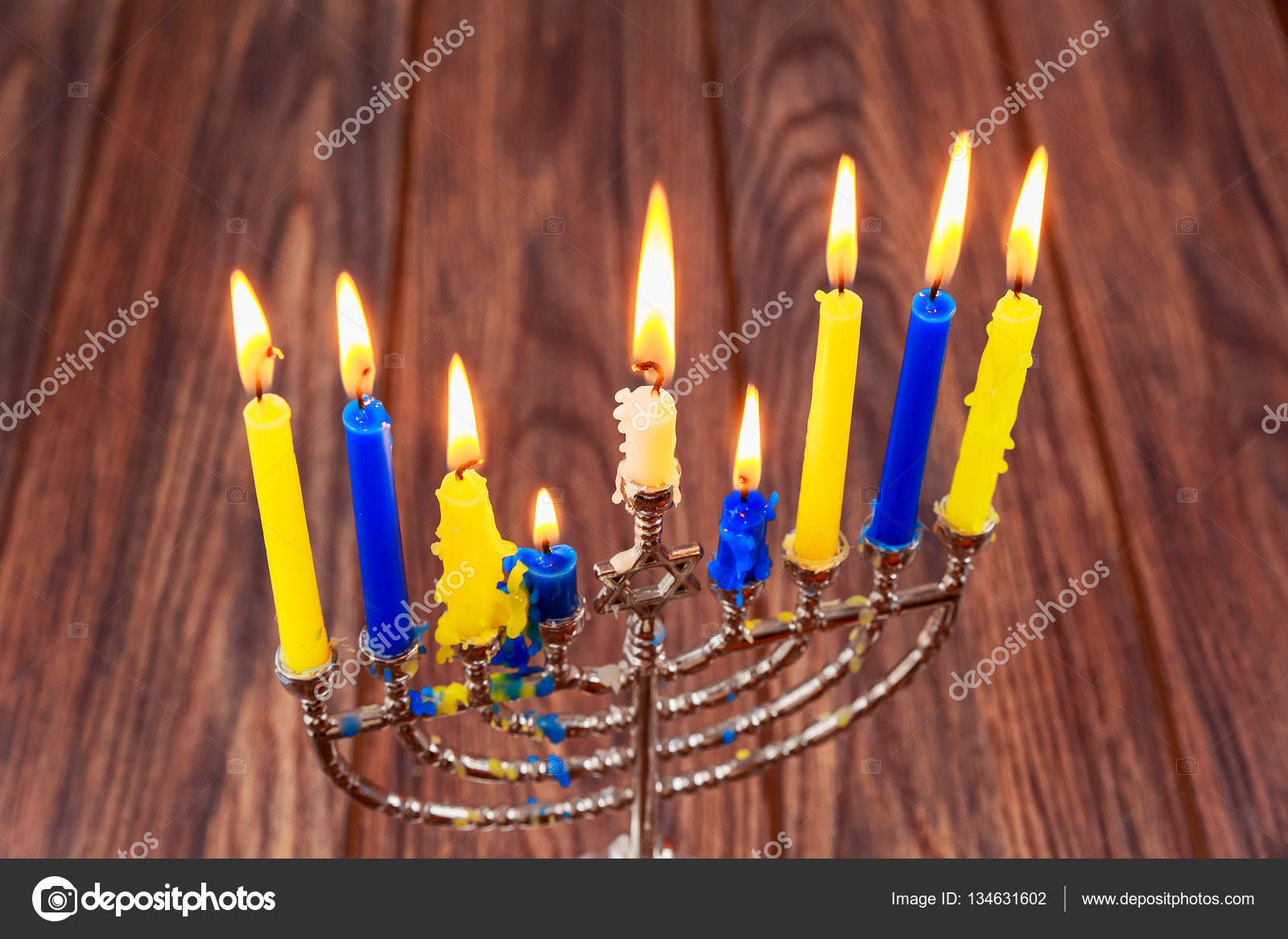 a report on chanukah festival of lights Chanukah - the festival of lights 11th december - 19th december 2009 introduction chanukah [sometimes spelled as hanukah] is a hebrew word that means dedication.