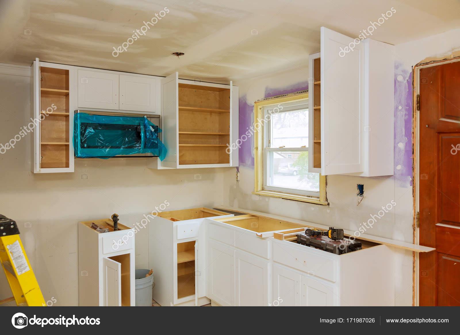 Fantastisch Benutzerdefinierte Küchenschränke Bilder Fotos - Küchen ...