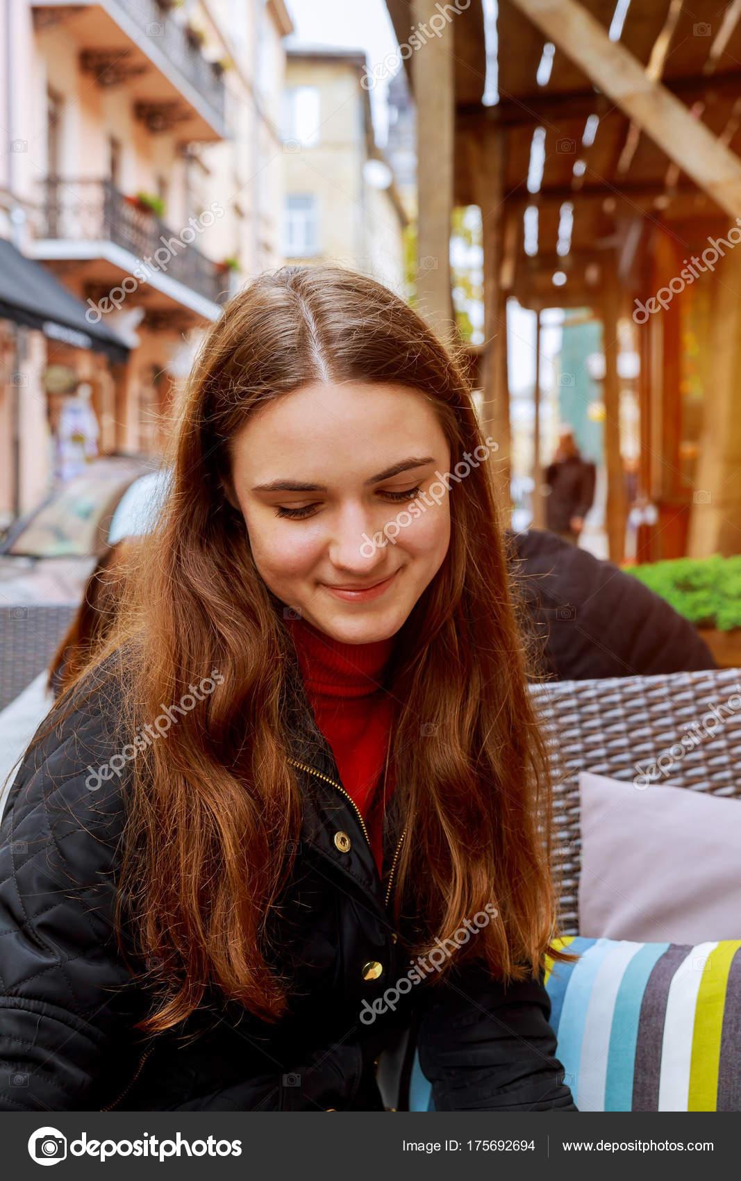 ITALSKÉ Sportovní kožené crossbody kabelky pro mladé holky Kasandra šedé, Sleva ITALSKÉ Kožené Italské kabelky crossbody růžově černá Milana.