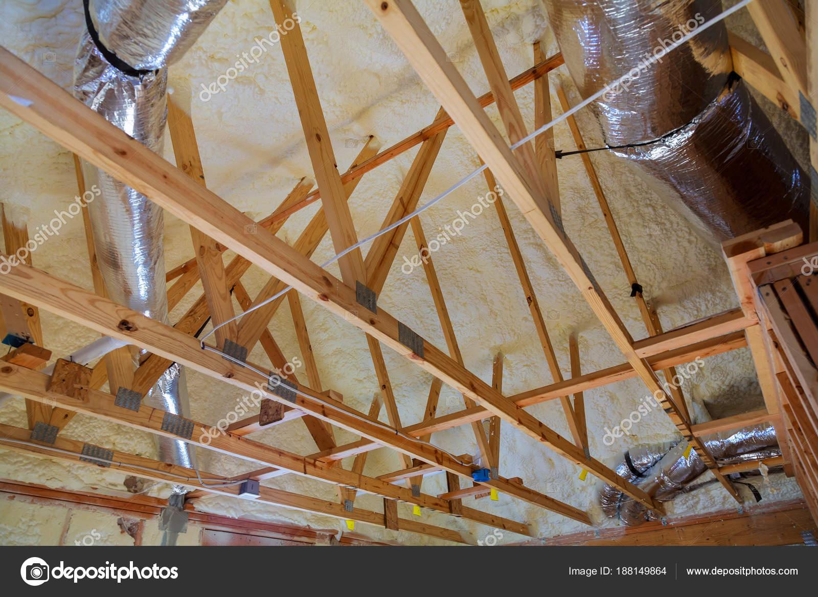 Dachboden Sanierung Und Warmedammung Stockfoto C Photovs 188149864