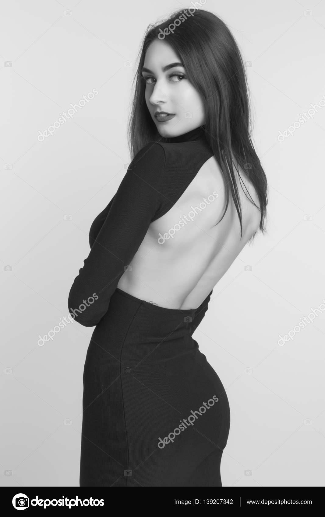 Vestido negro largo nina