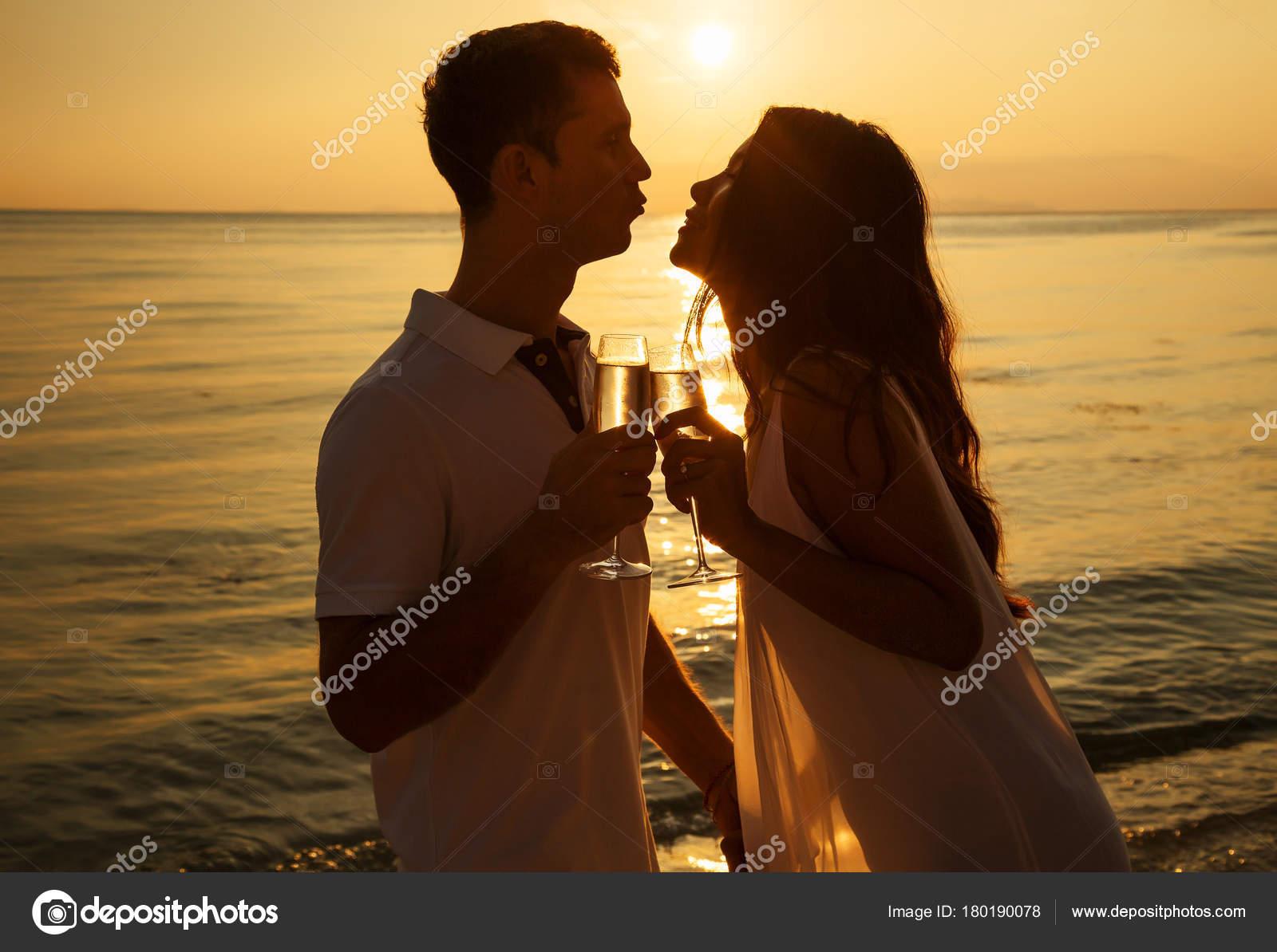 Fotos Parejas Enamoradas Romanticas Retrato Romántico Feliz