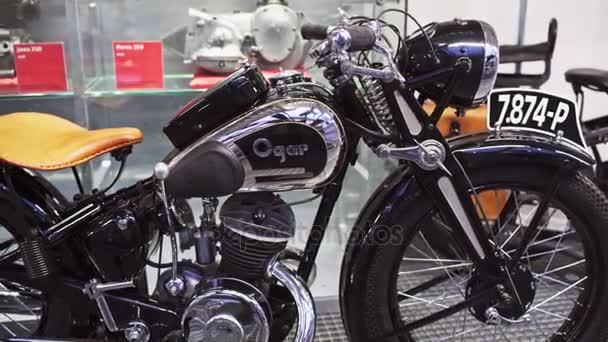 Praha, Česká republika - 24. prosince 2016: Ogar 250, rok 1937 v Národní technické muzeum v Praze