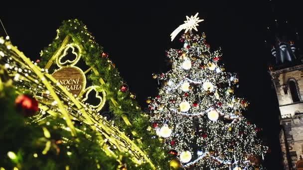Vánoční trh v Praze na večer, Česká republika