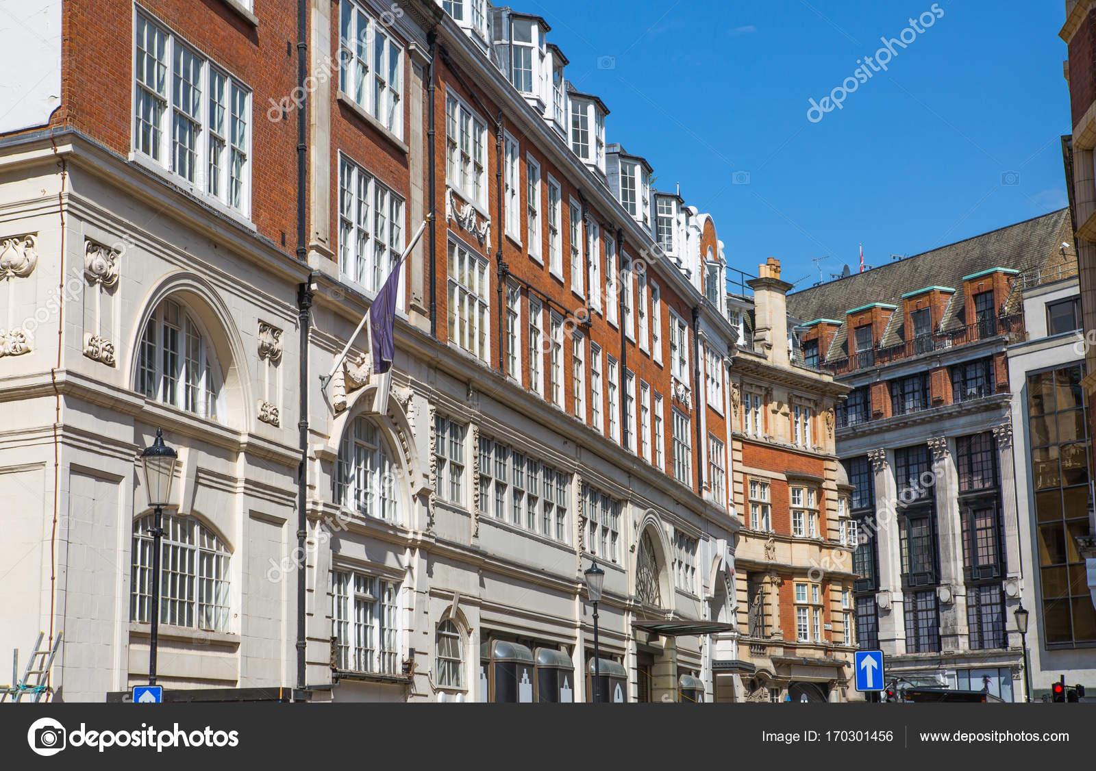 Wohn Arie von Kensington mit periodischen Häuserreihe. Luxus ...