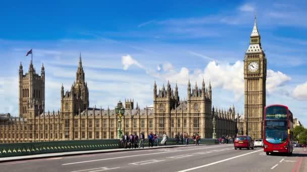 Londýn, Velká Británie - 14 březen 2014: Big Ben, sídlí parlament a Westminster Bridge