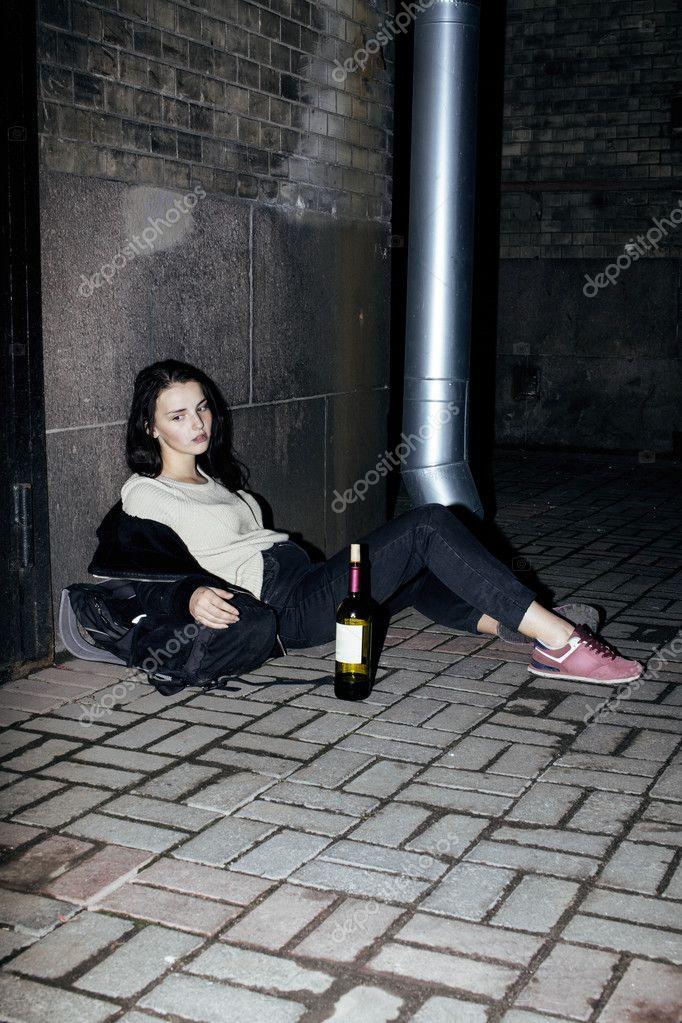 Бутылка в девушке 8