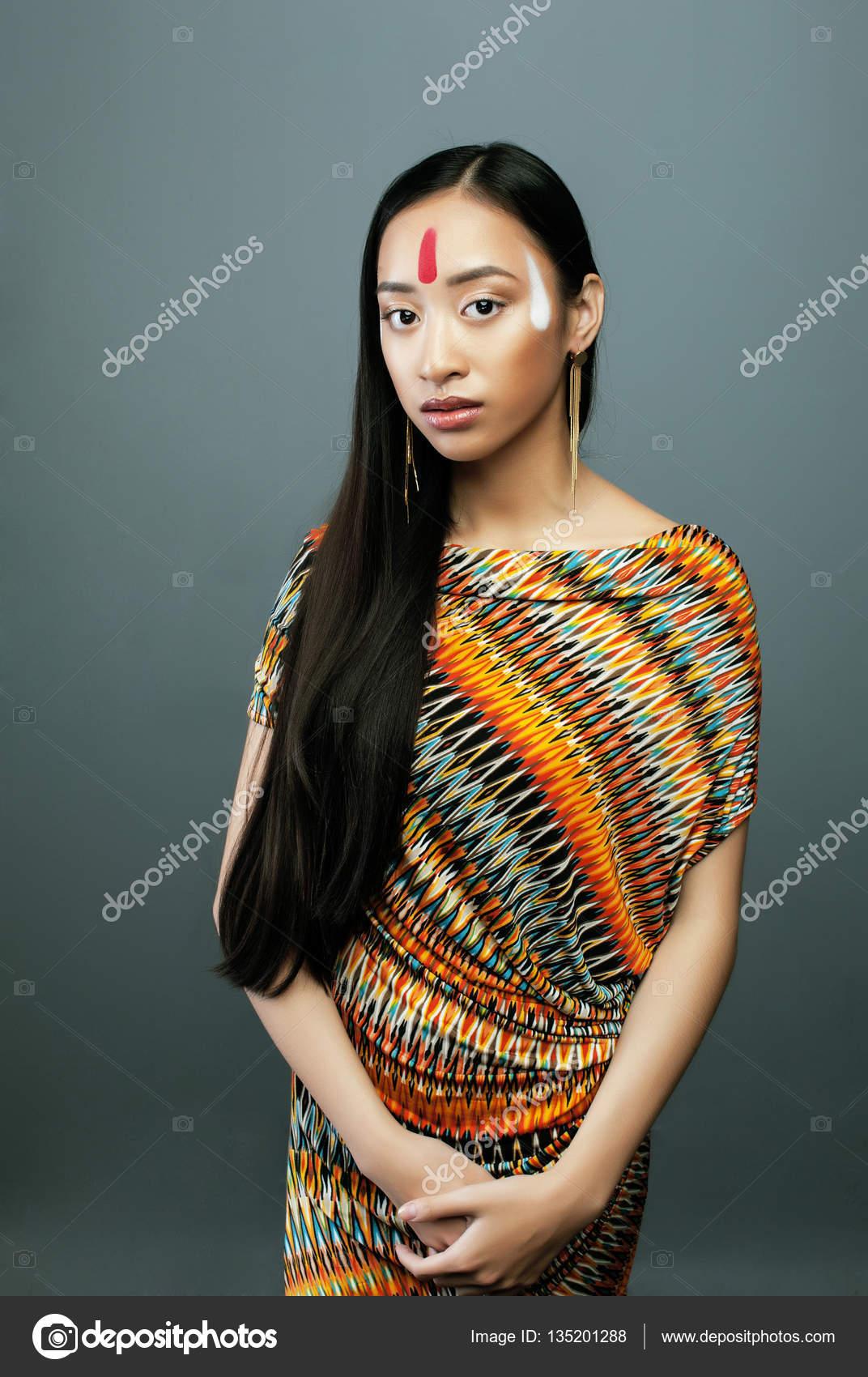 Does not vietnam flicka naken
