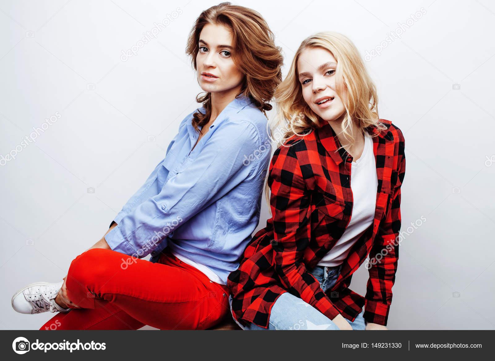 Reife und jugendlich Blondine