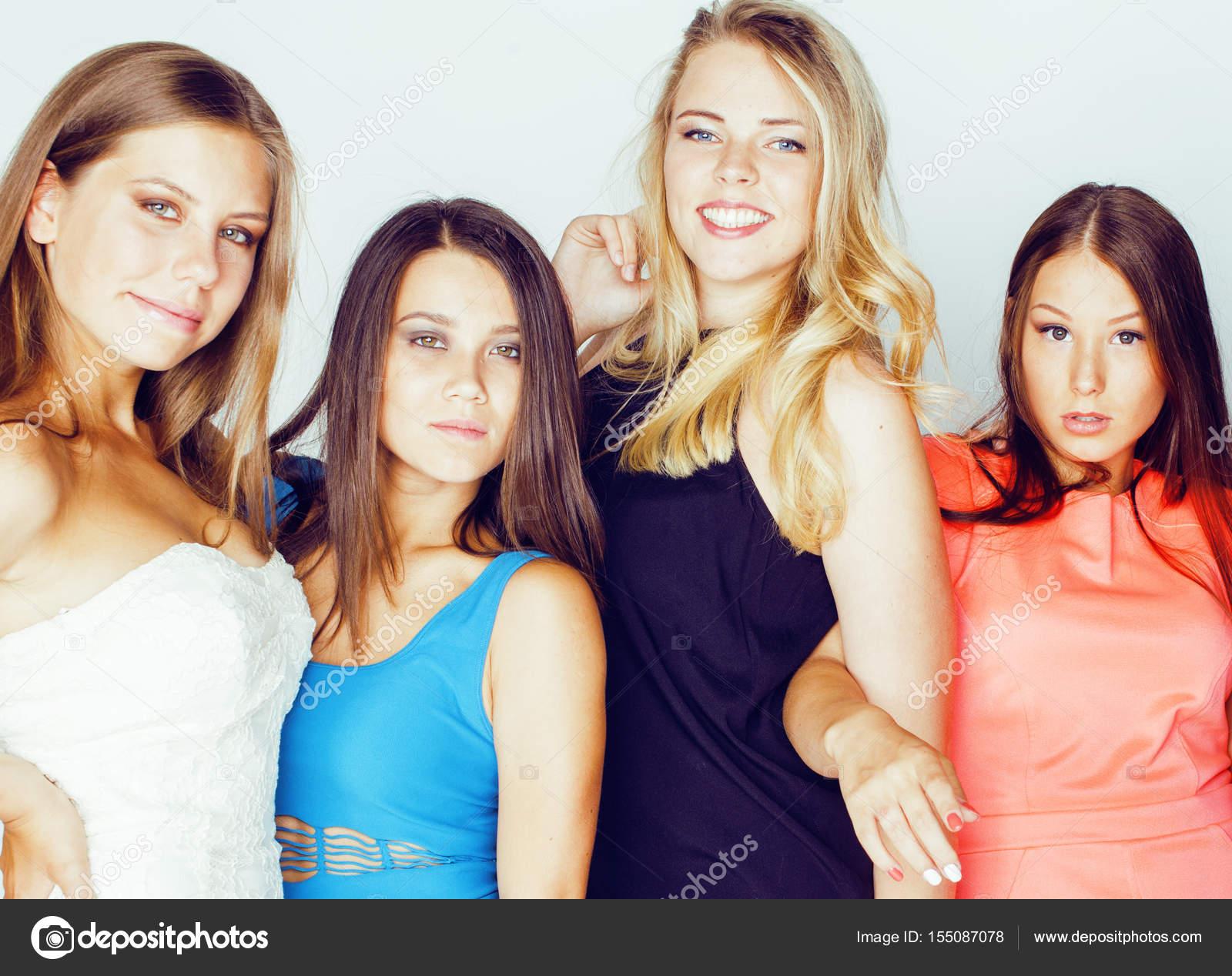 Фото много девушек вместе — pic 15