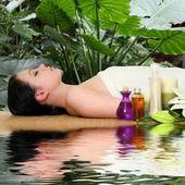 Fotografie Žena se při masáži ve Spa salonu