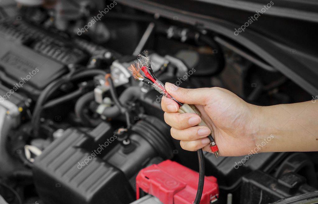 Elektriciteit Draad In De Auto Stockfoto C Weerapat 126320126