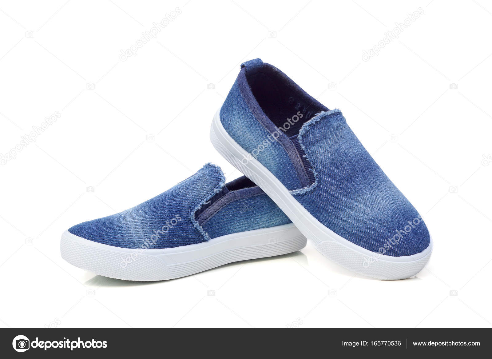 eda048bf6d8 Ζαν τζιν παντοφλέ παπούτσια — Φωτογραφία Αρχείου © weerapat #165770536