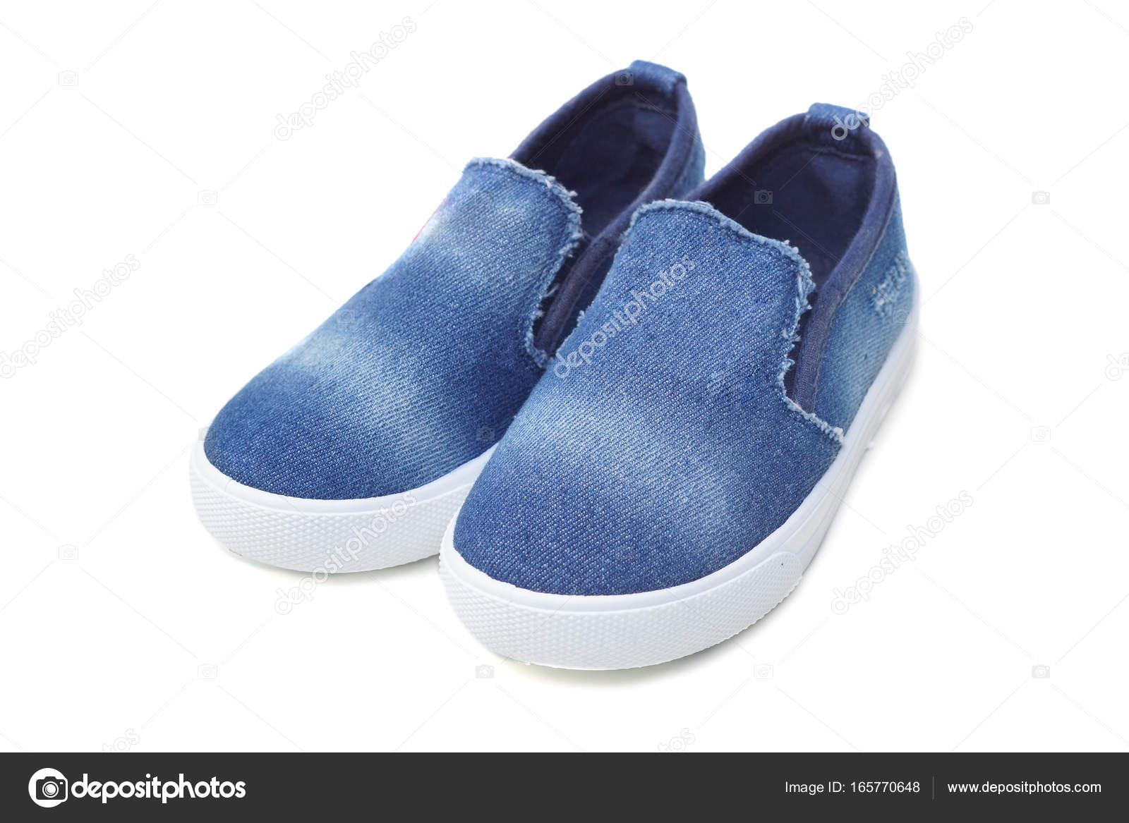 cdbcfdf67d2 Ζαν τζιν παντοφλέ παπούτσια — Φωτογραφία Αρχείου © weerapat #165770648