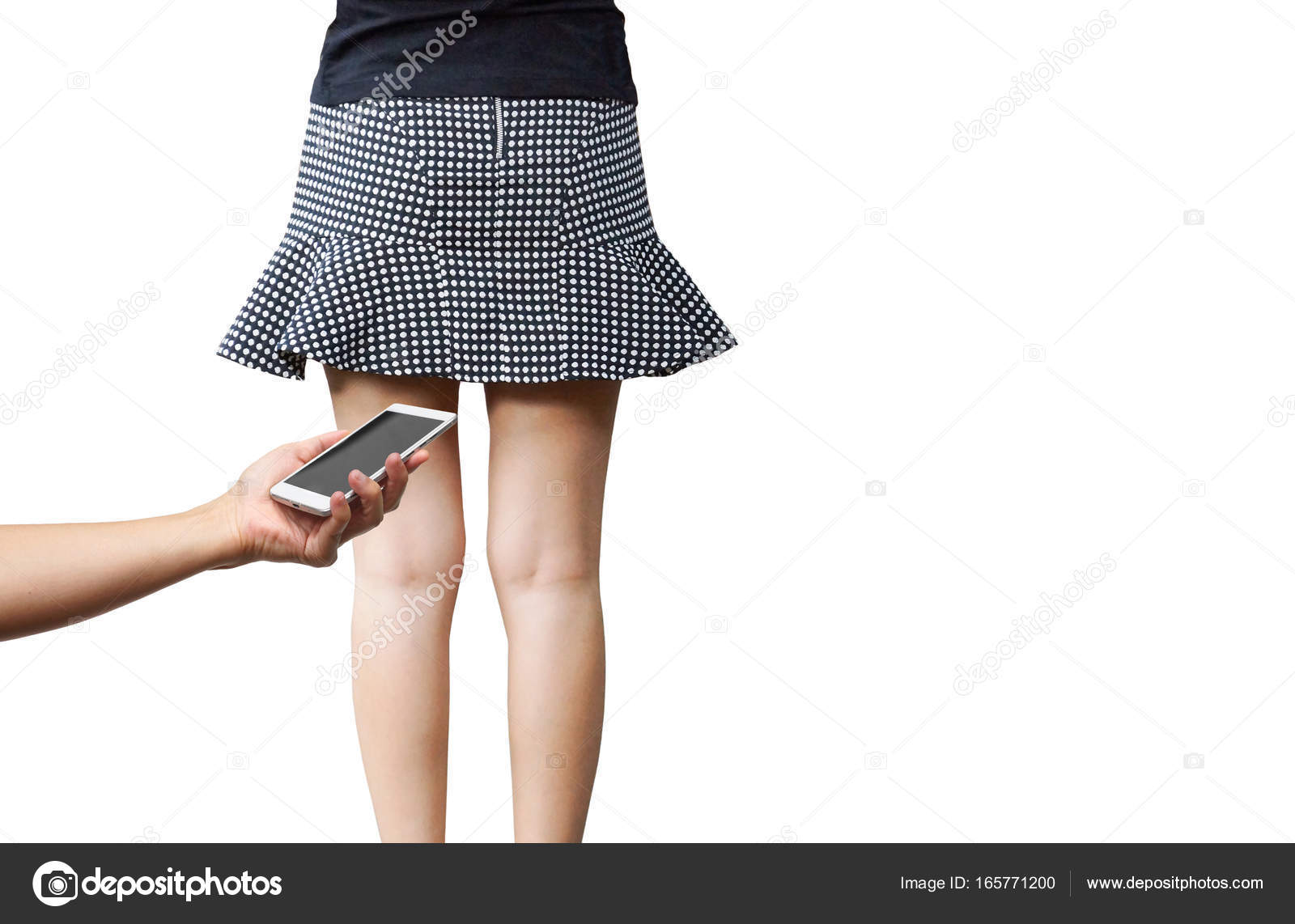 11ed08472 Tomar fotografías bajo la falda de la mujer — Foto de stock ...