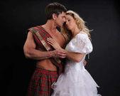Pohledný highlander obejme jeho královna