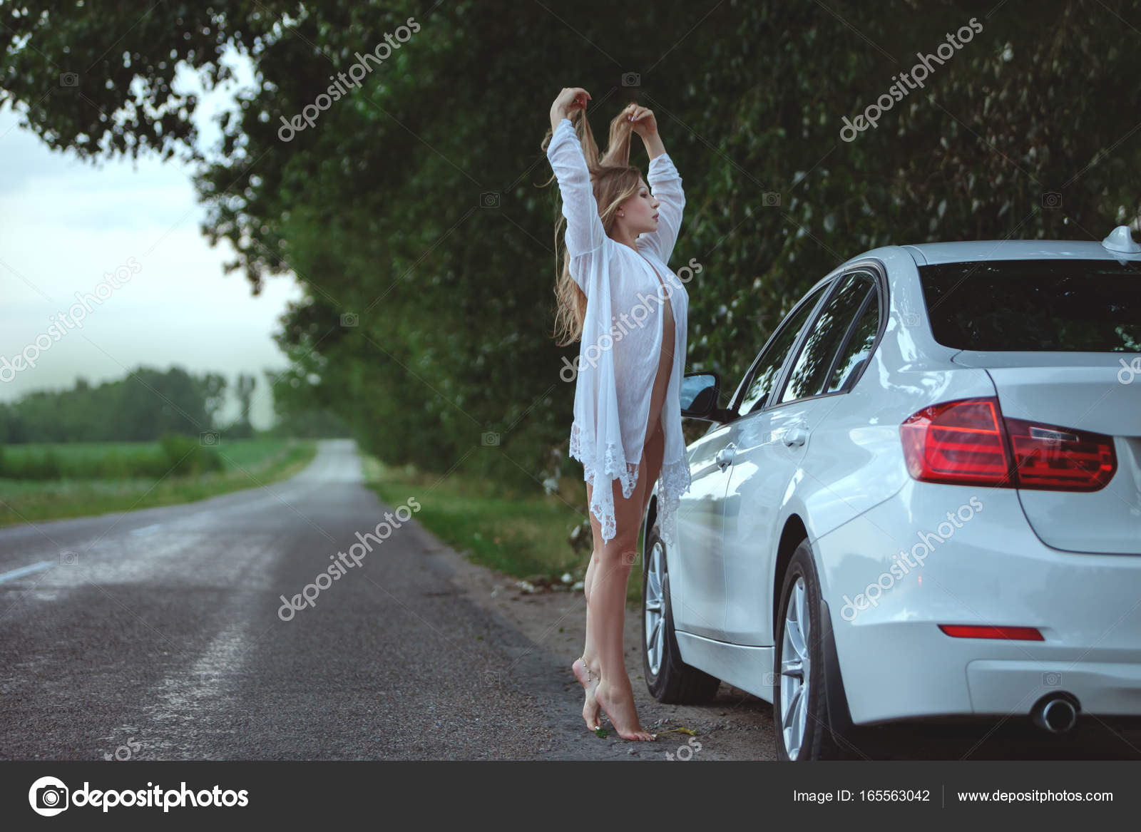 Can help erotic car woman have hit