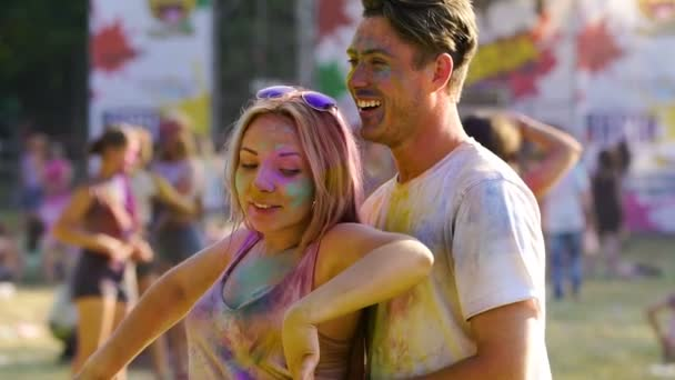 Holi festival flirten [PUNIQRANDLINE-(au-dating-names.txt) 23