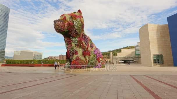 Riesige Blüte Hund Gruß an alle Besucher von Bilbao Guggenheim ...