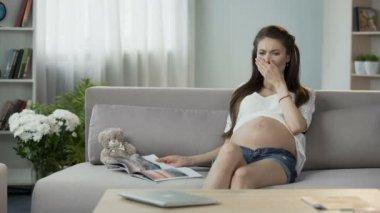 Беременная девушка сверху видеоурок