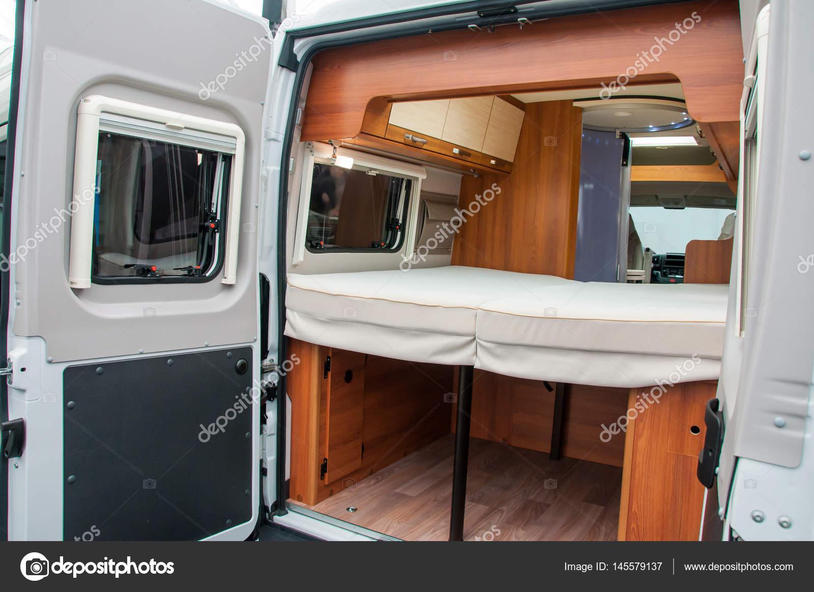 interieur van luxe caravan stockfoto
