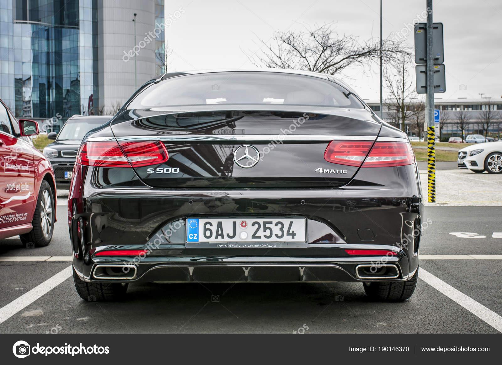Nieuwe Luxe Auto Mercedes Benz S500 Coupe Redactionele Stockfoto