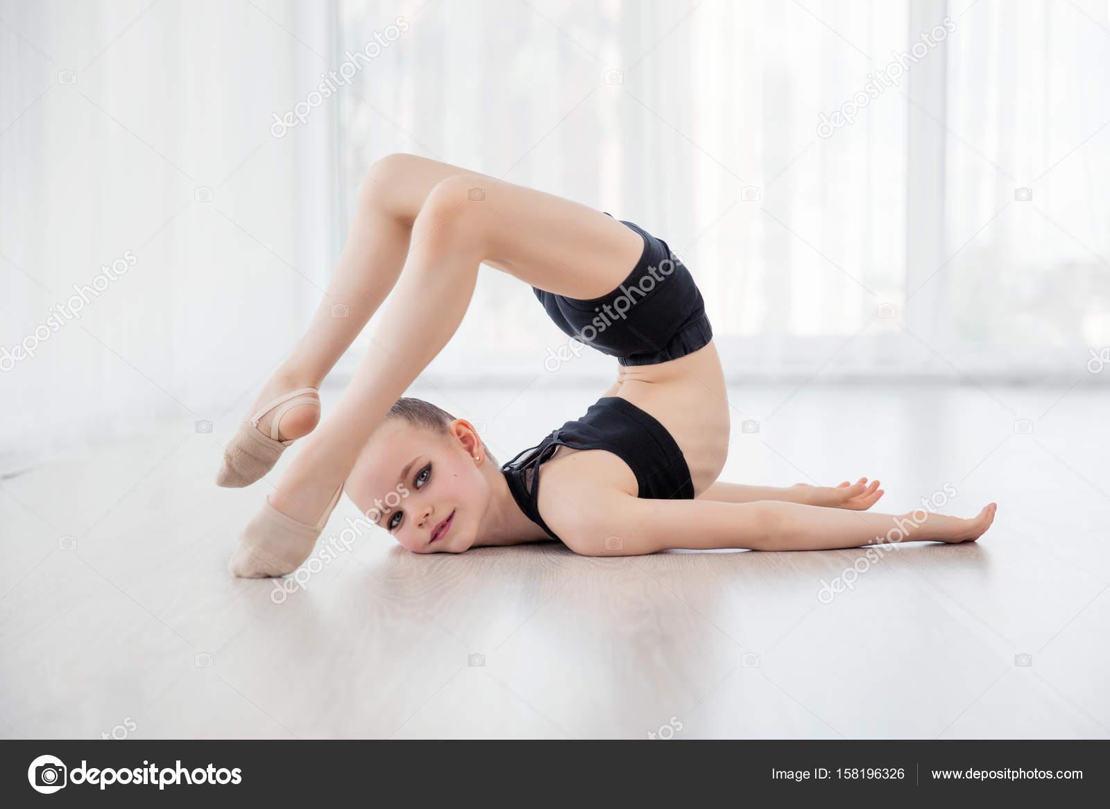 Little Girl Gymnastic Class Flexible Child Beautiful