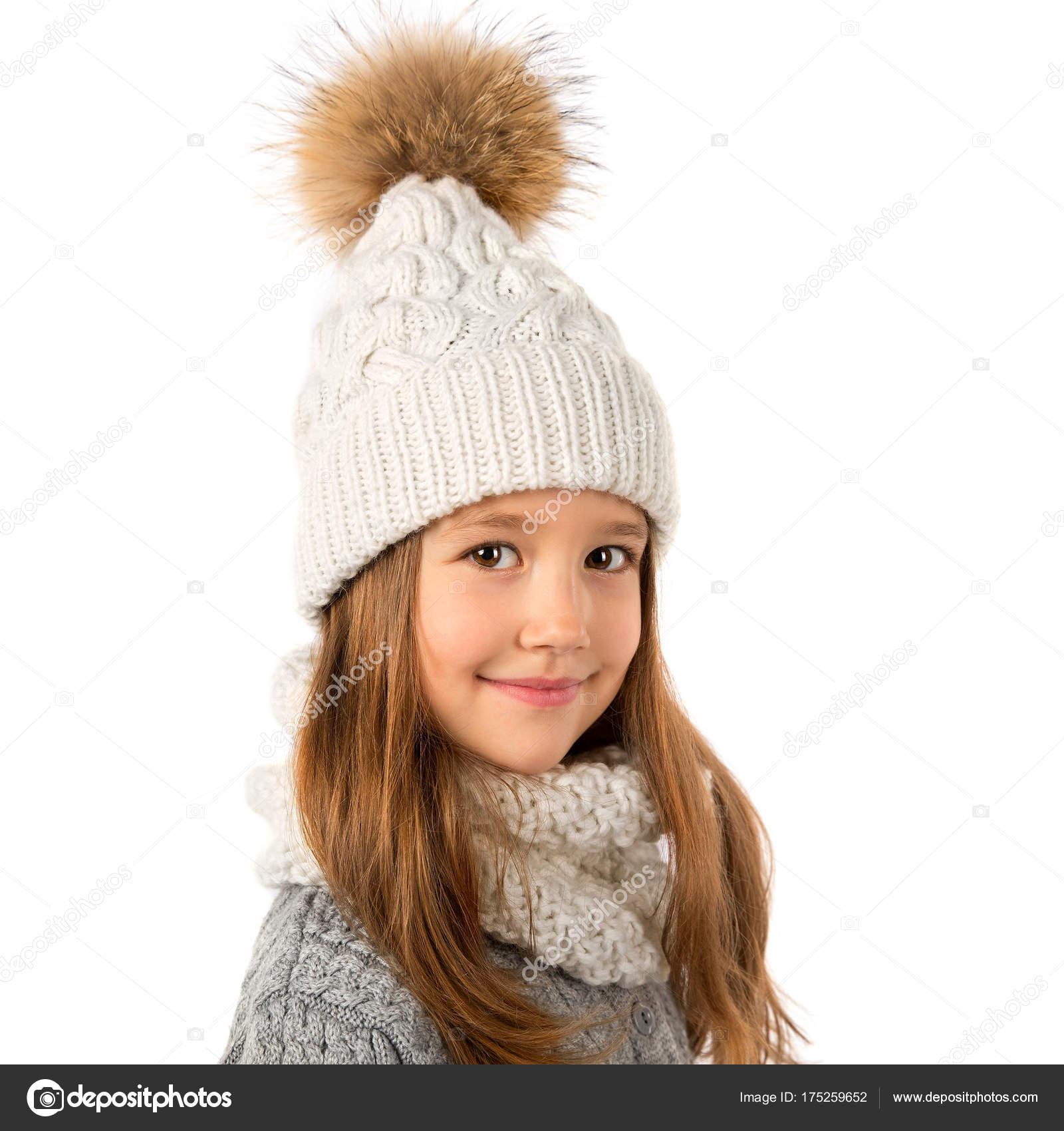 attractive price best quality buying new Belle petite fille en hiver chaud blanc bonnet et écharpe ...