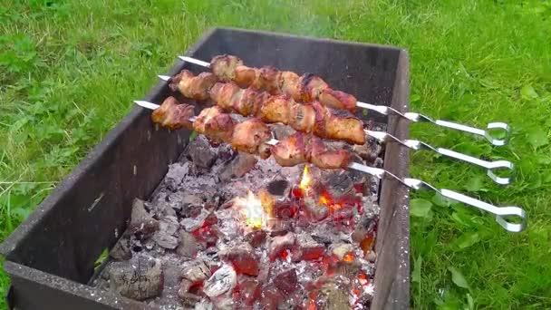 grillsütő-szabadföldön