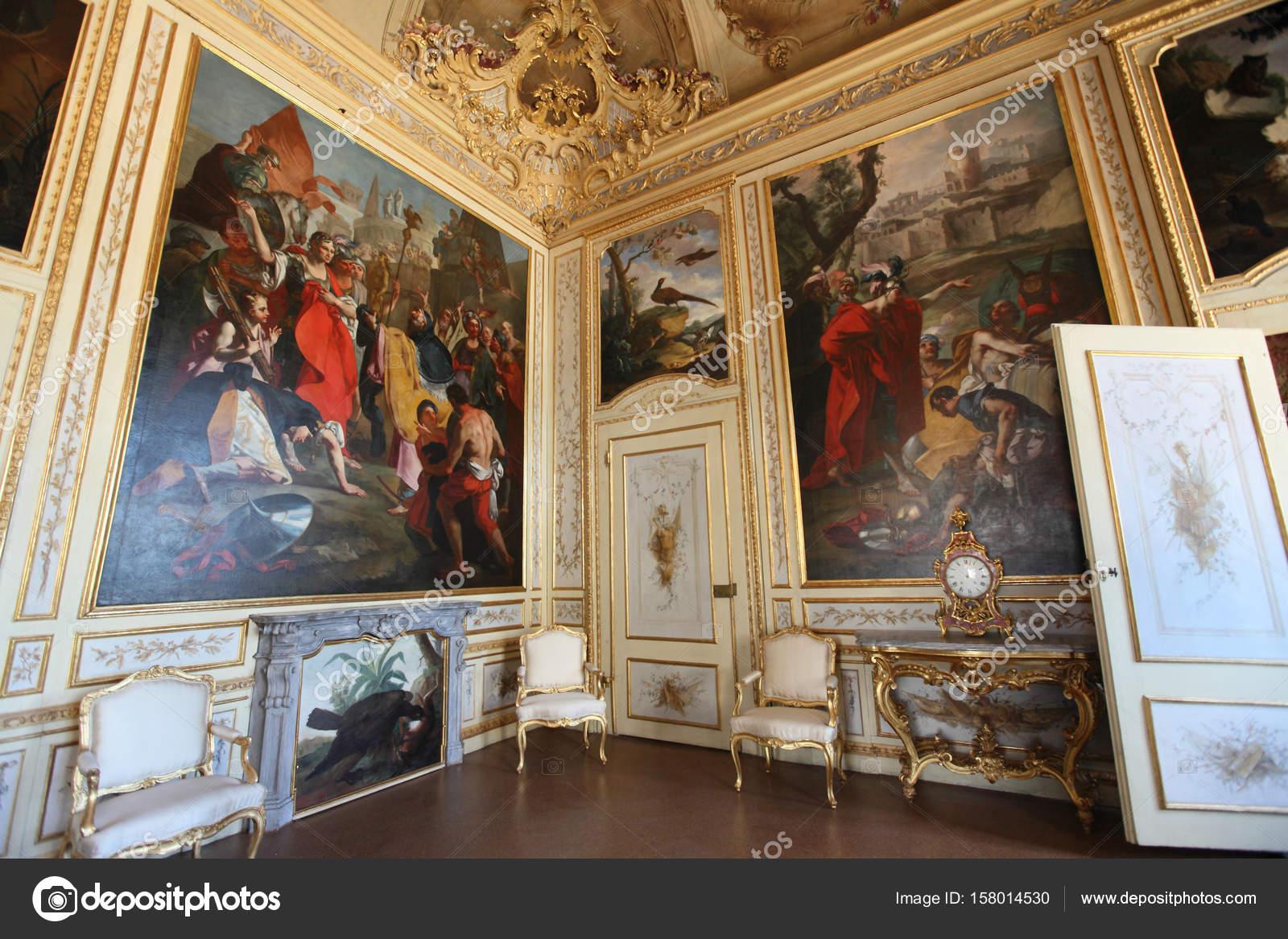 Interni Di Villa Pisani : Interni di villa pisani u2014 foto editoriale stock © ohmaymay #158014530