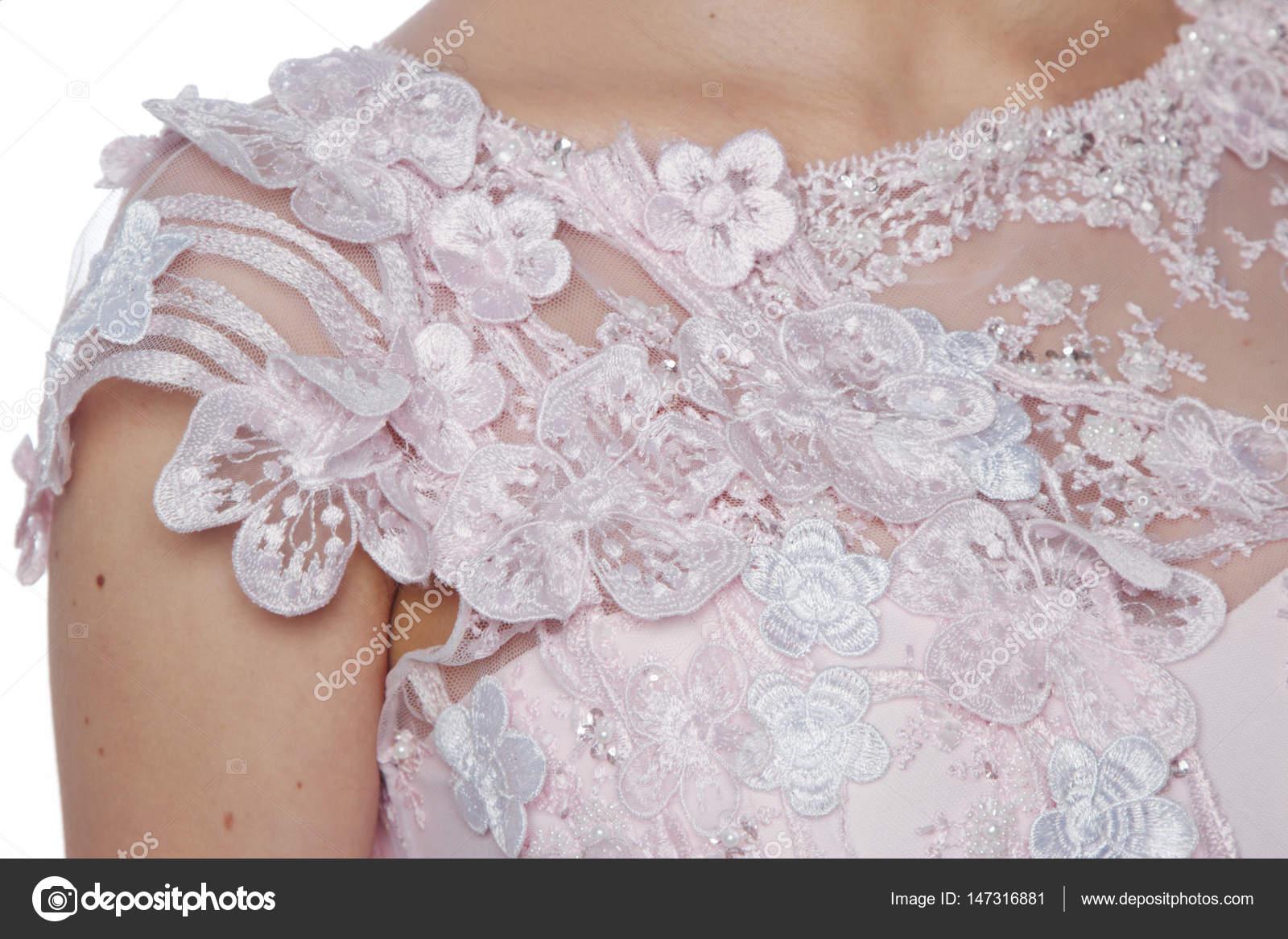 Flores, rendas e bordados de vestido de alta costura de casamento ...