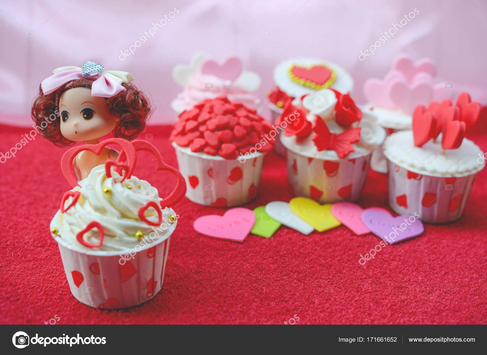 Bolo De Aniversario Cupcakes Para Dia Dos Namorados Bolinhos De