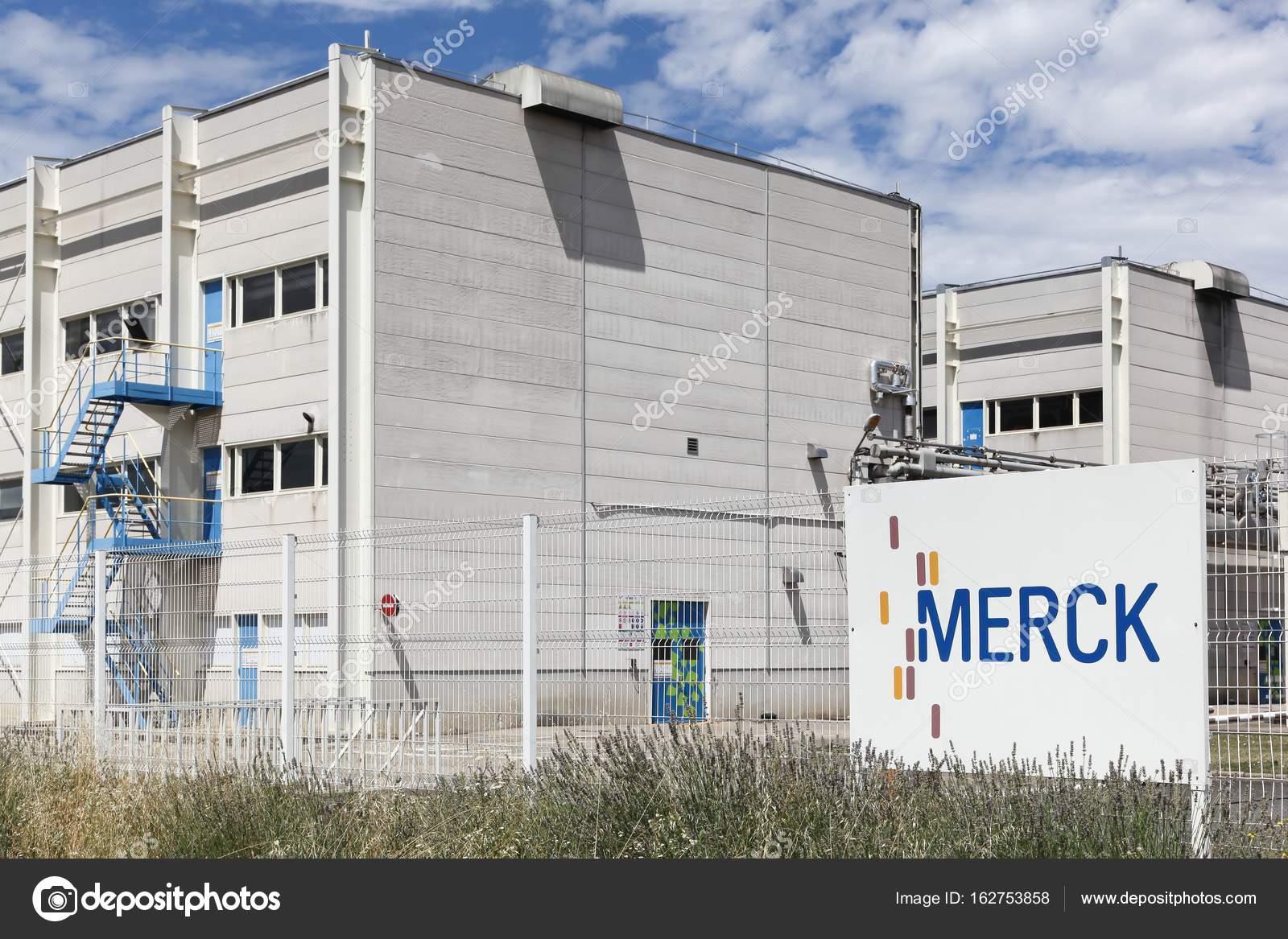 メルク メジウ、フランス工場 - ...