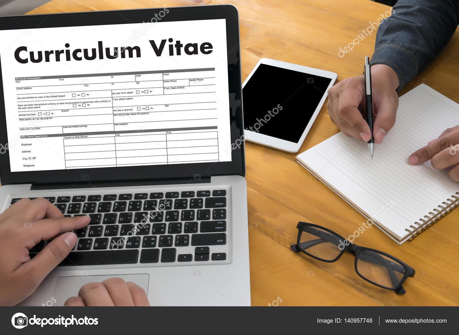 cv curriculum vitae zadanie wywiad koncepcja z firmy cv resume business office biznesmen praca pracy aplikacji zdjcie od duiwoy