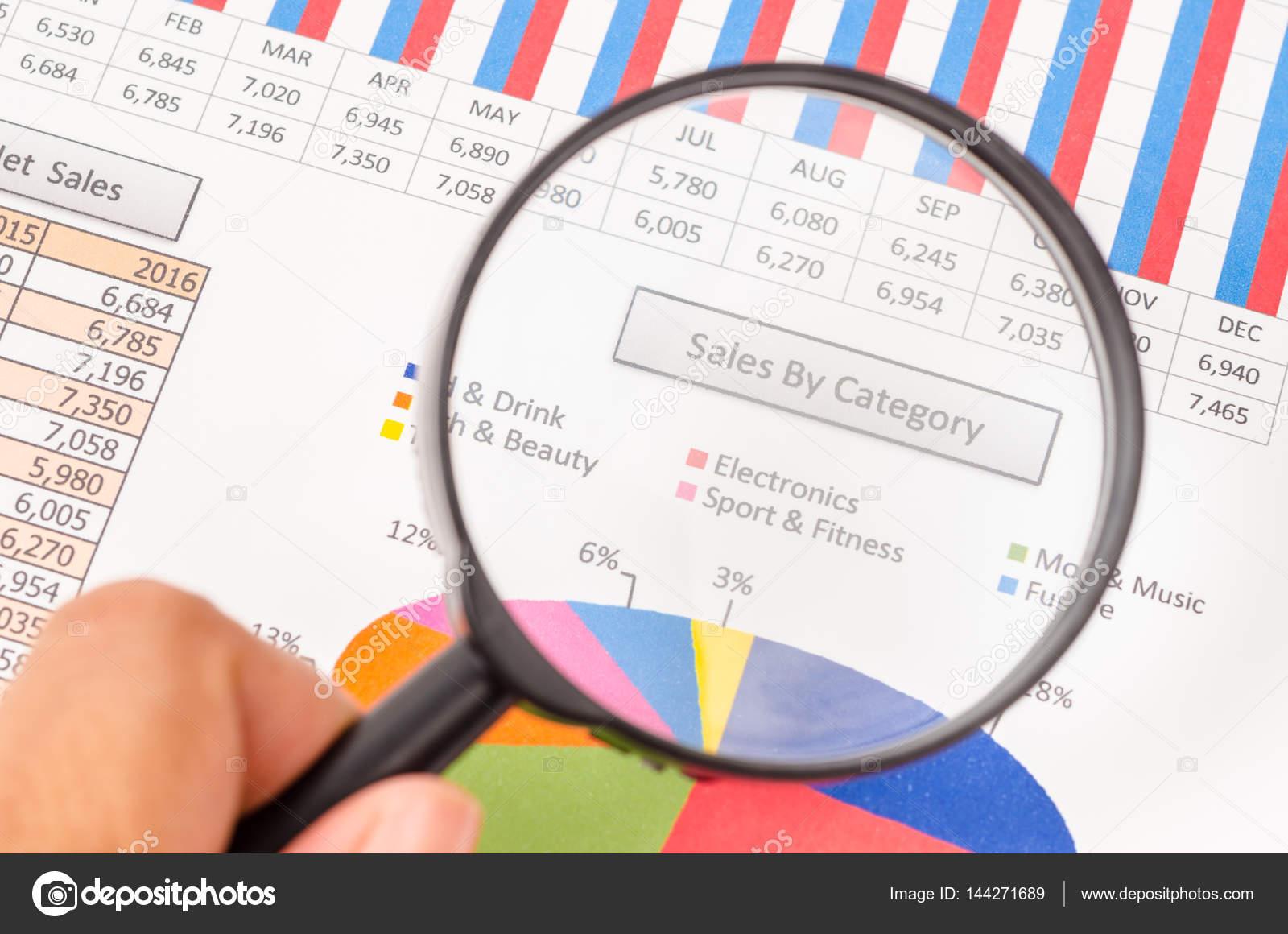 Umsätze nach Kategorie-Bericht — Stockfoto © gamjai #144271689